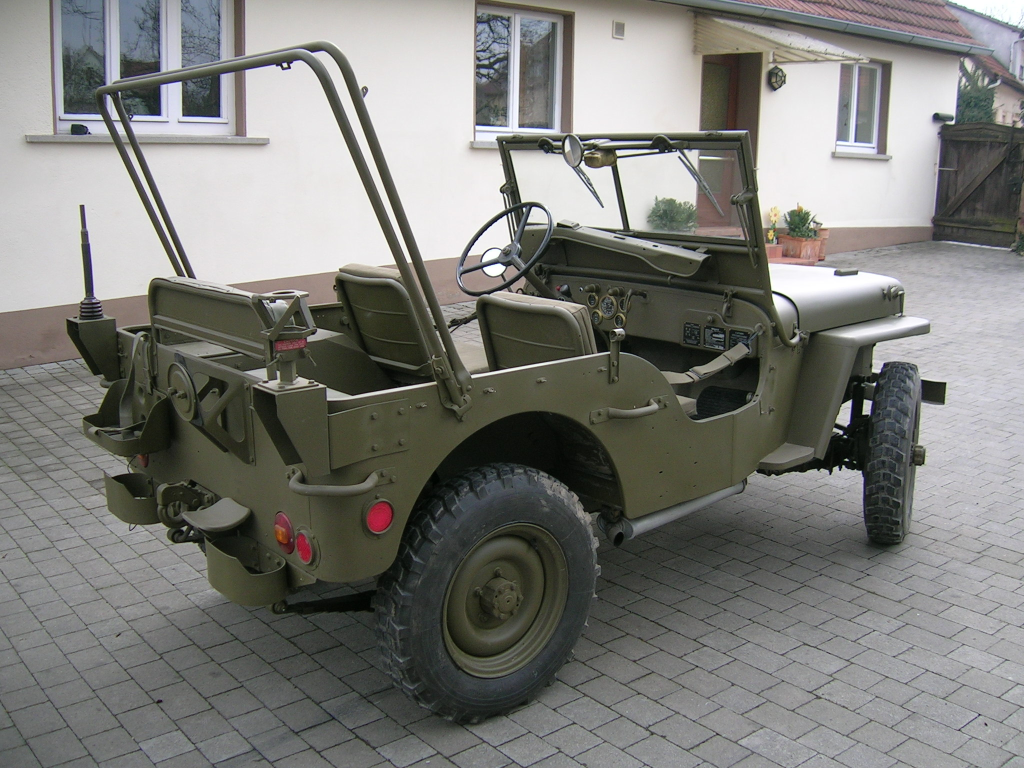 bernhards hotchkiss m201 hnlich willys jeep m151 ford. Black Bedroom Furniture Sets. Home Design Ideas