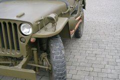 Bernhards M201 Hotchkiss (ähnlich Willys-Jeep)