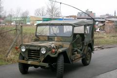 Mein M151 A2 Ford Mutt vor meiner Halle