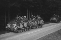 m113-der-us-army-am-strassenrand-reforger-2-1970.jpg